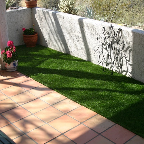 Go Green Synthetic Grass, 5' x 10'