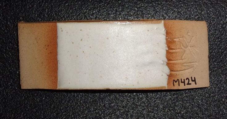 (2ª modificación al esmalte de alta Nº A333 para bajarle la temperatura)          Materias primas:  7,9 % Arcilla Rosada (usé la...