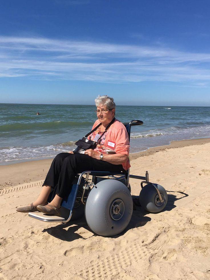 Beach cart wheels nude