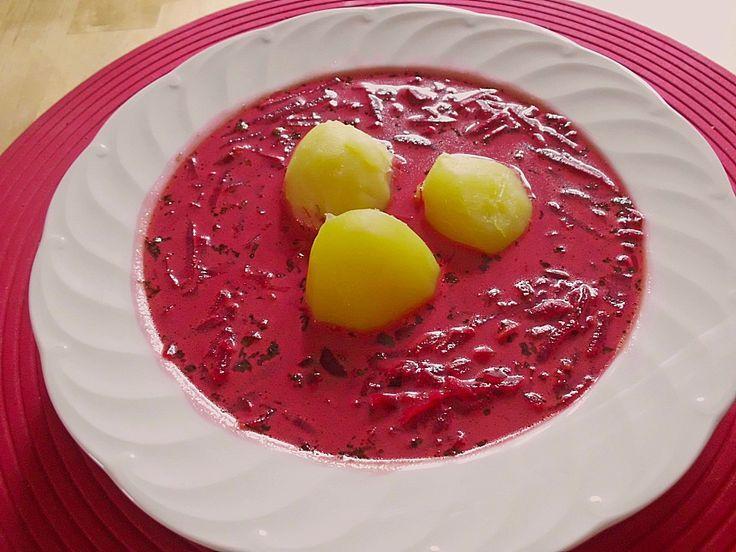 Rote-Bete-Suppe ist ein deutsches Rezept, das leicht zuzubereiten ist. Rote Bettwäsche