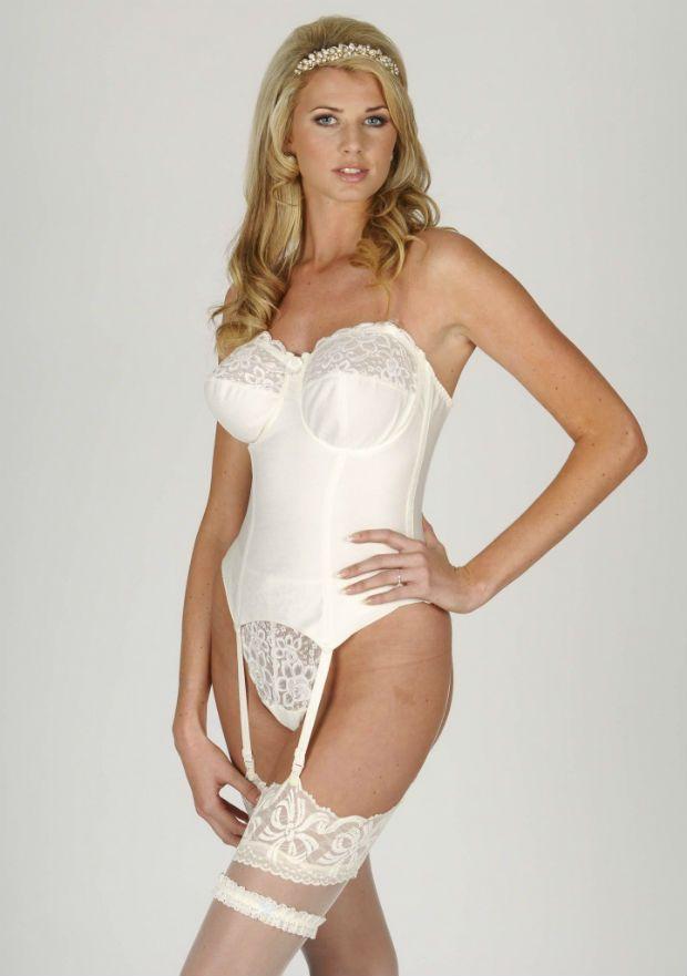 188 best wedding dress lingerie how to buy undergarments for Best undergarments for wedding dress