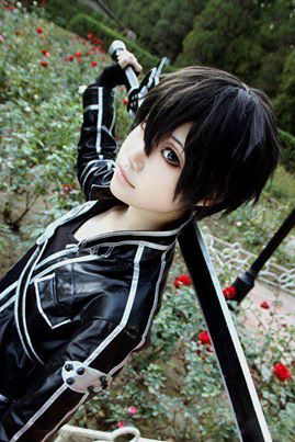 Kirito- Sword Art Online Cosplay just to be clear that's a guy right? Find More…