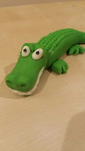 Jungle crocodile cake topper