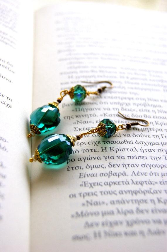 Retro emerald green earrings by RenatasArt on Etsy, €16.00