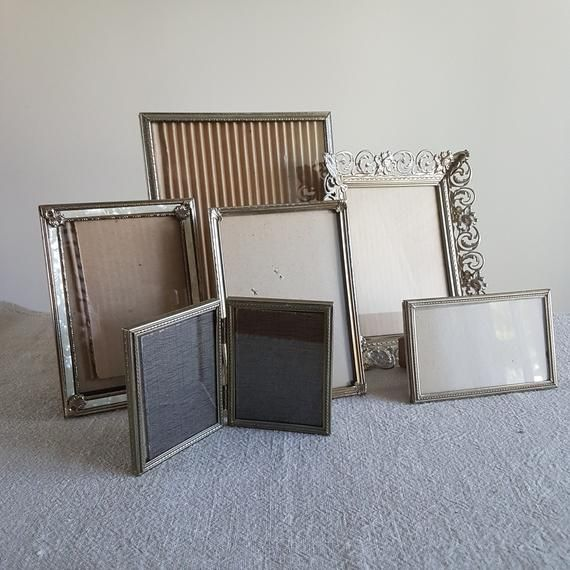 Set Of 6 Rustic Gold Metal Picture Frames Various Sizes Bulk Photo Frames Wedding Signs Table Numbers 8x10 5x7 3 5x6 3 25x4 25 In 2020 Metal Picture Frames Picture Frames Table Numbers