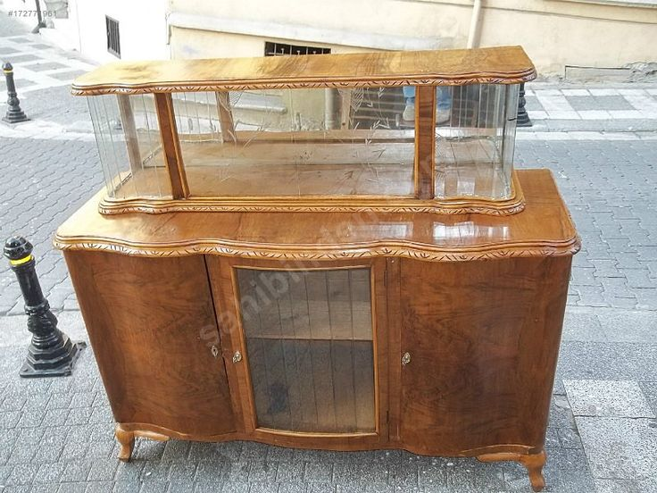 Cevız ağacında vitrin - Antika Dolap ve Çeşitli Antika Mobilyalar sahibinden.com'da - 172771961