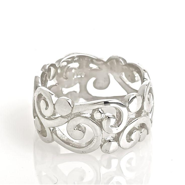 Maori Silver Ring - hardtofind.