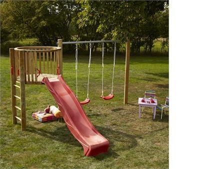 Lad dine børn styrke deres motorik ved at lege på et gyngestativ fra PLUS.