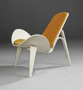 HANS WEGNER / MODEL CH07 LOUNGE CHAIR / DESIGNED 1963 / Via Christieu0027s /  Love The