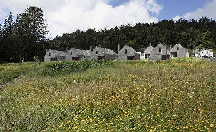 Galeria - Loteamento e casas das Sete Cidades / Eduardo Souto de Moura + Adriano Pimenta - 27