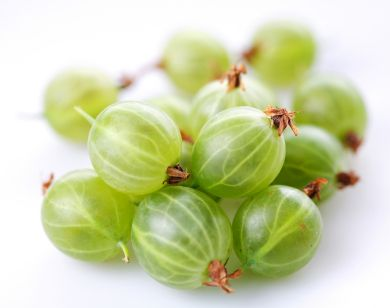 How to Use Amla Oil on Hair-    Amla oil is often applied after shampooing hair and used in place of a conditioning product. When used in this manner, amla oil is typically massaged into the strands so that it completely covers hair (from the roots to the tips). It can be covered with a shower cap. After sitting for 15 minutes or more, the amla oil is then thoroughly rinsed from the hair with warm water.