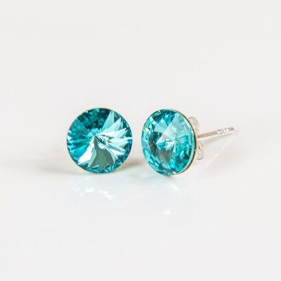Swarovski Rivoli Earrings 8mm Light Turquoise  Dimensions: length:1,5cm stone size: 8mm Weight ~ 1,15g ( 1 pair ) Metal : sterling silver ( AG-925) Stones: Swarovski Elements 1122 SS39 ( 1122 8mm ) Colour: Light Turquoise 1 package = 1 pair Price 9.90 PLN( about`2,5 EUR)