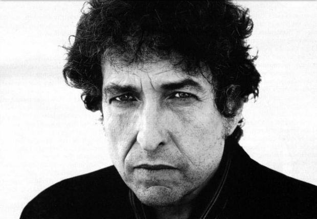 Боб Дилан дал закрытый концерт для одного слушателя http://muzgazeta.com/rock/201444516/bob-dilan-dal-zakrytyj-koncert-dlya-odnogo-slushatelya.html