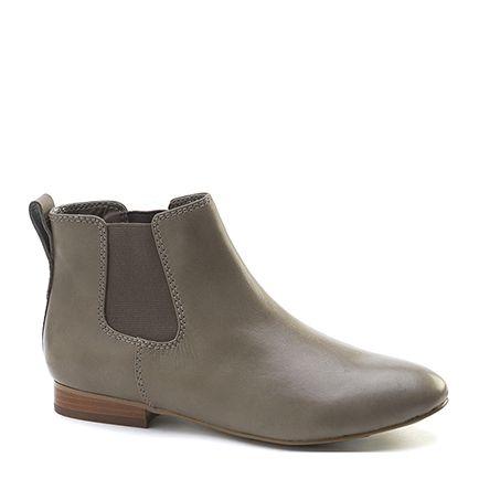 Diana Ferrari Hiraani Flat Chelsea Boot