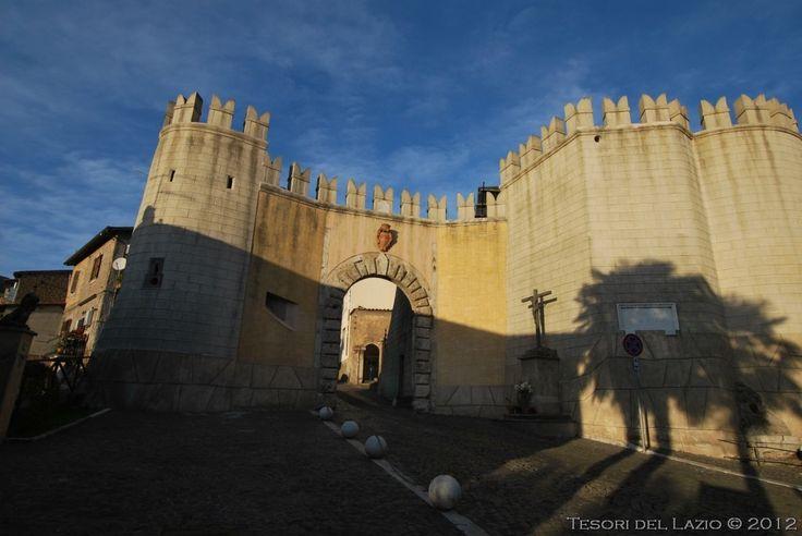 Genazzano (Roma) – Ingresso al borgo da Porta Romana - Photo M ...
