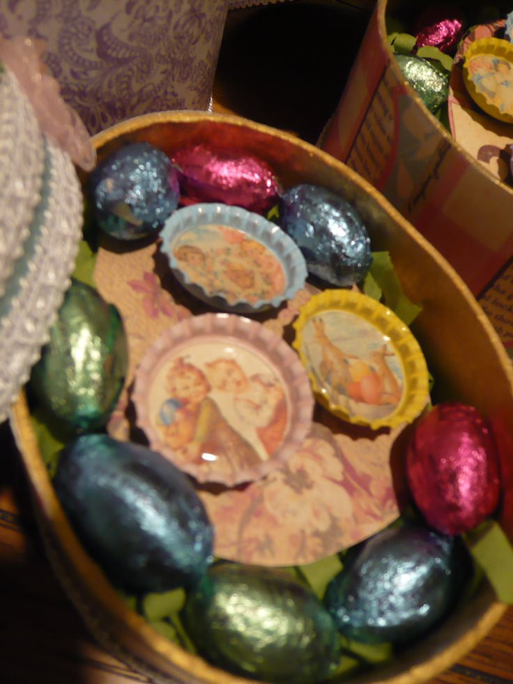 Vintage Easter Imaged Bottle Cap Magnets The Bottle Caps Have A Neodymium Magnet On The