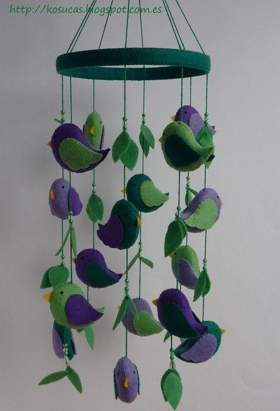 Felt mobile with birds por Kosucas en Etsy, €42.00