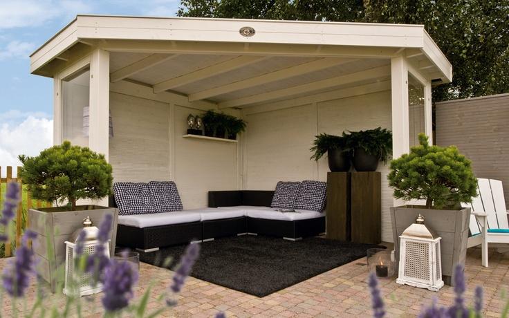 Het Hoekmodel Outdoor Cabin Excellent is een overkapping speciaal voor de hoek van uw tuin. / Corner Outdoor Cabin Excellent. Ideal, because it fits neatly into the corner of the garden