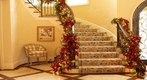 Decorating Staircase for Christmas Ideas