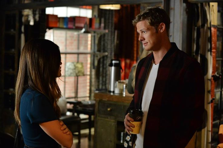 """#PLL 5x23 """"The Melody Lingers On"""" - Aria and Andrew"""