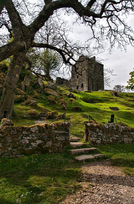 raindropsonroses-65: Castle Carnasserie by Kelly Johnson | Duna Photography on…
