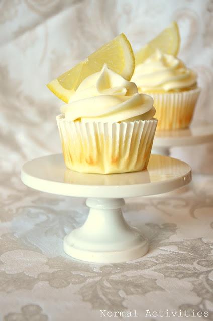 Limoncello Cupcakes With Lemon Curd Filling & Lemon Buttercream Icing:)