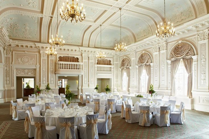 Top Questions To Ask Your Wedding Venue By Experts