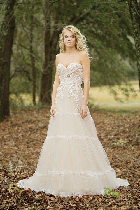 sv131-svadobne-saty-svadobny-salon-valery