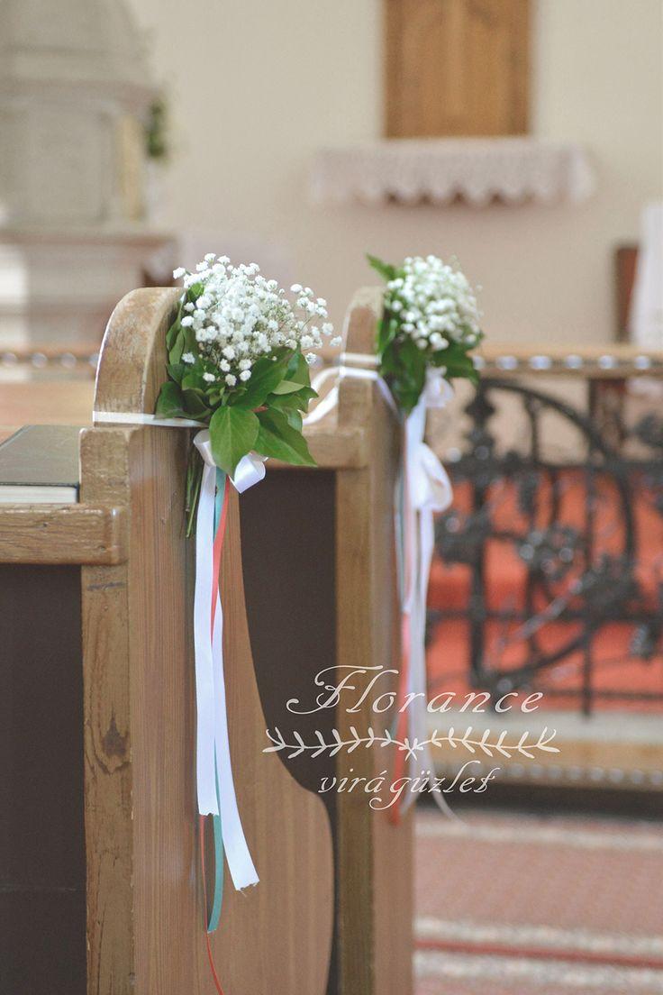 Formálja a templomi díszítést saját ízlése szerint virágdekorációval…