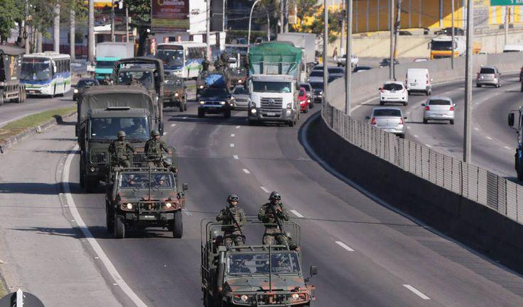 Forças Armadas chega no Rio de Janeiro para ajudar a Policia contra a guerra do trafico na Faixa de gaza brasileira http://ift.tt/2v50nRn