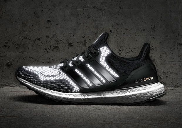 Adidas Ultra Boost Triple Black Pas Cher