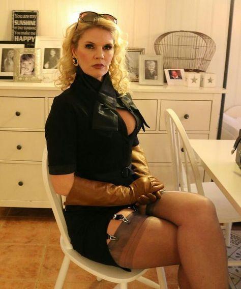 rocsi diaz sexy legs