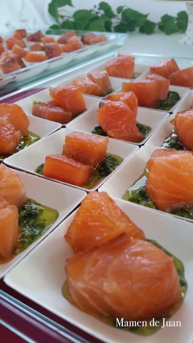 Compartimos contigo una receta para sorprender a tu pareja el Día de San Valentín o en una ocasión especial: Salmón marinado con cítricos y pesto de rúcula.
