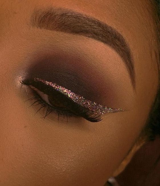 brown eyeshadow with glitter eyeliner, makeup inspiration