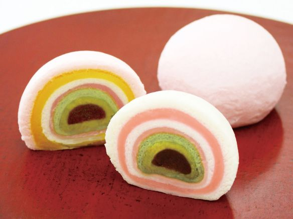 I really want to try this type of mochi!
