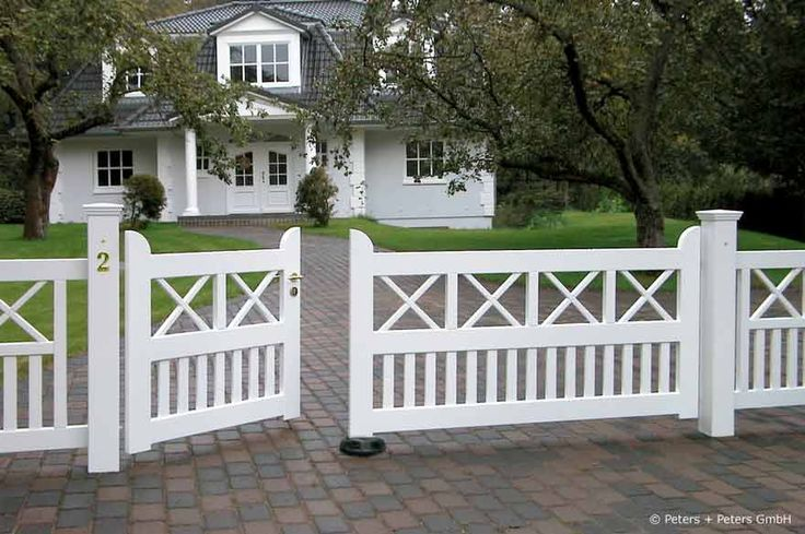 Wooden Driveway Gates, Garden Gate and Yard Gate painted white or ...