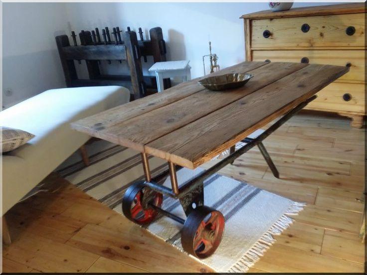 Ipari stílusú asztal