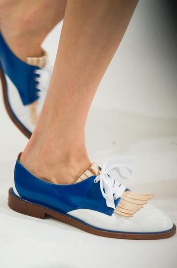 Electric blue Oscar de La Renta brogues