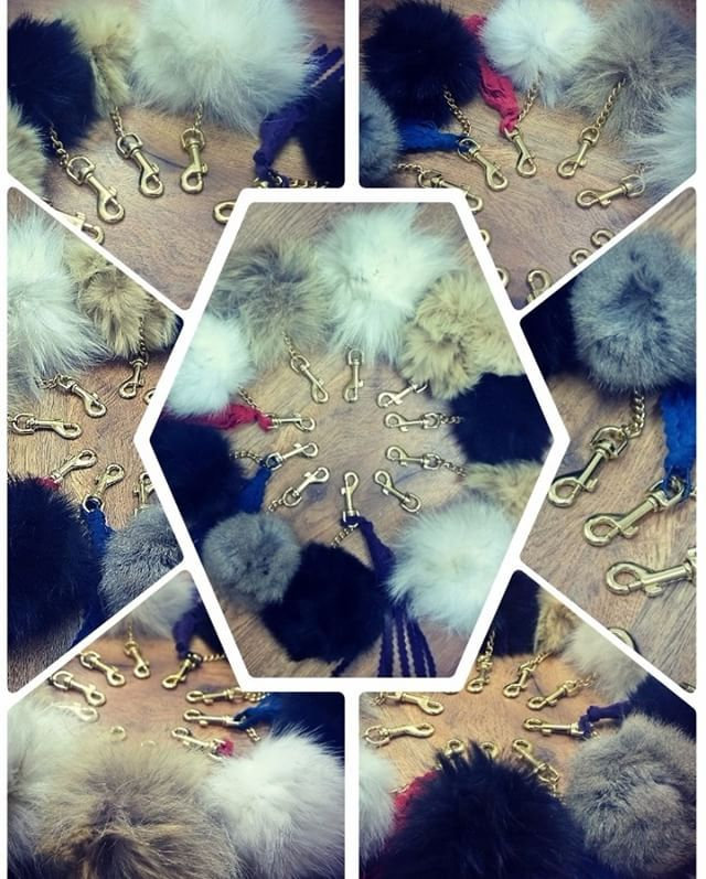 #zawieszki #pompony #futro #naturalne #skóra #brelok #zawieszka #klucze #torebka #kula #dodatek #Fur #Balls f #bag #pendants #keychain #pompoms #luxury #charm #handbag #accessory #Fashion #car #sewing #handmade