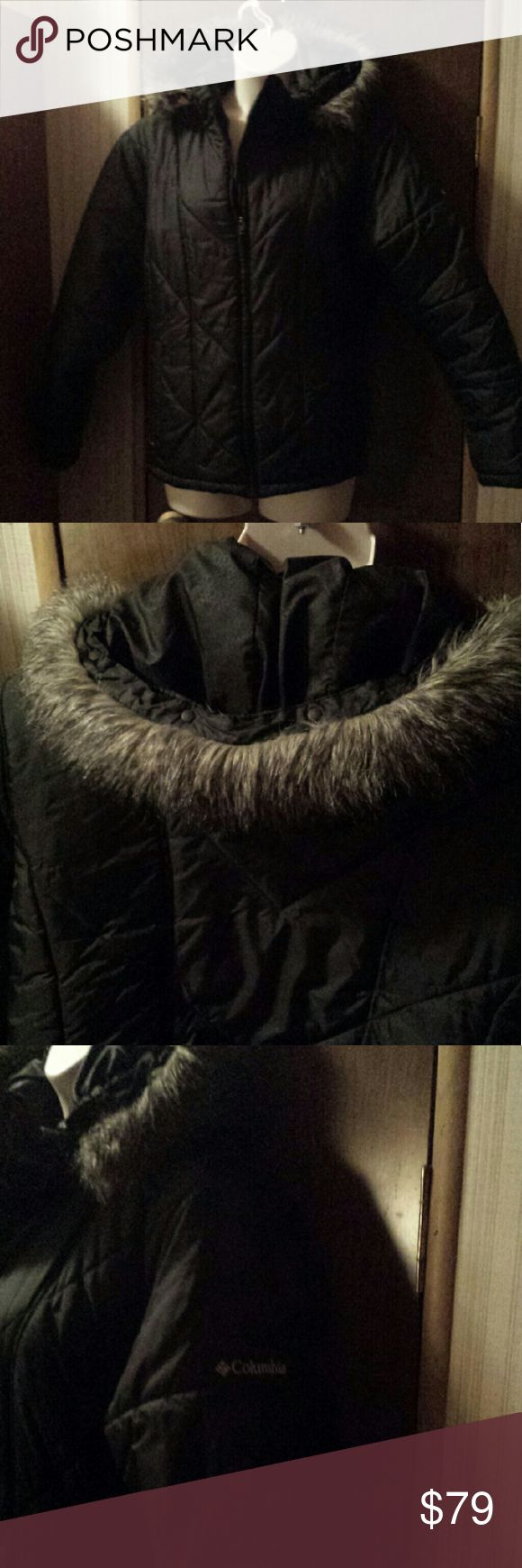 Women's plus size Colombia puffer coat size 2X Warm black water resistant puffer jacket by Colombia with faux fur trimmed hood. Zip front, two slash pockets with zip closures, inside pocket with Velcro closure. Fur trim is removable, hood is adjustable for snug fit around your head. In excellent used condition. Colombia Jackets & Coats Puffers