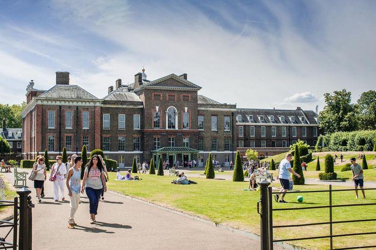 Kensington Palace by Bjørn-Erik Skjøren