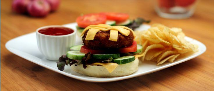 #Soya #Keema #Burger #Recipes http://www.foodfood.com/recipes/soya-keema-burger/
