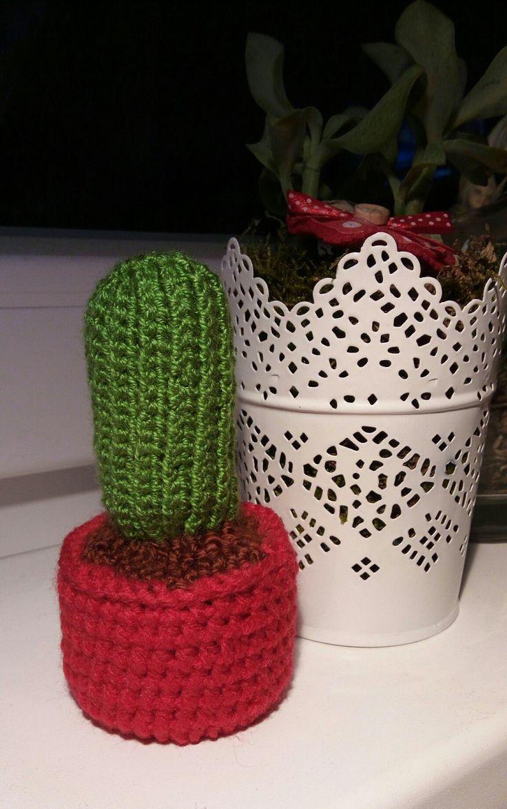 crochet cactus / háčkovaný kaktus