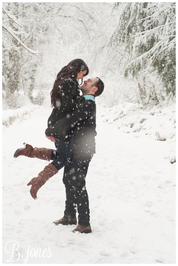 Risultati immagini per couple in the snow