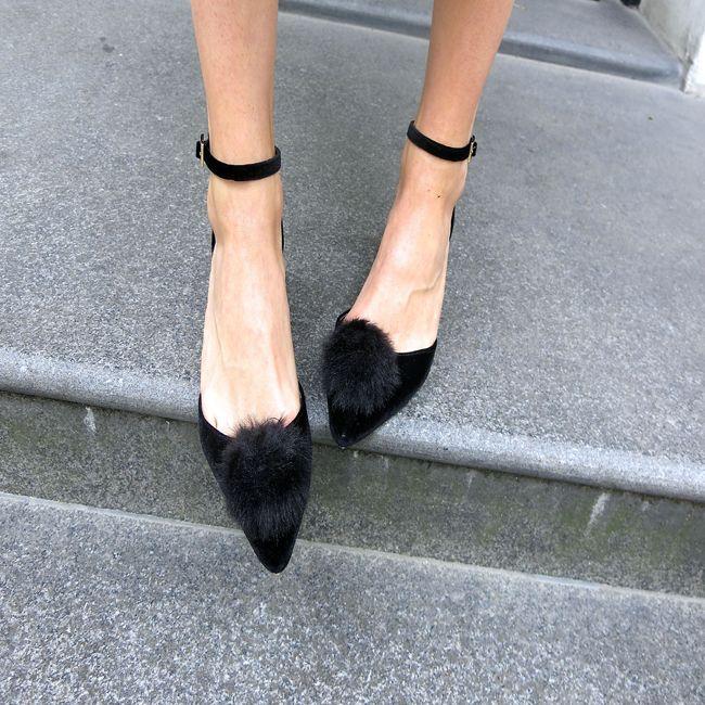 Faux Fur Pom Pom shoe clips. http://bit.ly/1DQnM1Z