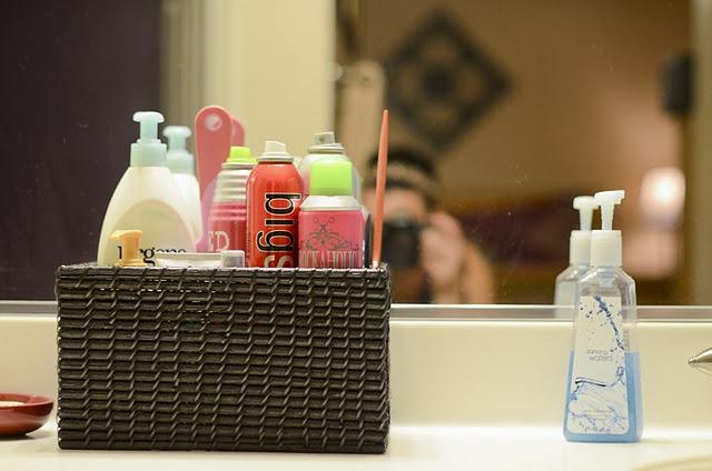 Organize my bathroom counter!