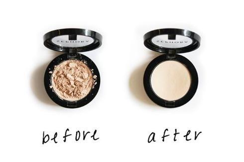 OMG : votre fard est brisé? Pas de soucis! Versez une goutte ou deux d'alcool à friction et mélangez doucement pour que la poudre forme une pâte épaisse. Pressez ensuite le produit fermement pendant environ 30 secondes à l'aide d'un outil dont le diamètre est correspondant. Afin de ne pas contaminer votre maquillage, prenez soin d'envelopper l'outil que vous utiliserez avec un papier mouchoir propre. Laissez sécher complètement et vous aurez un fard presque neuf!