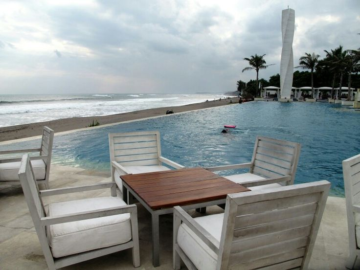 Level 8 Resort Hotel