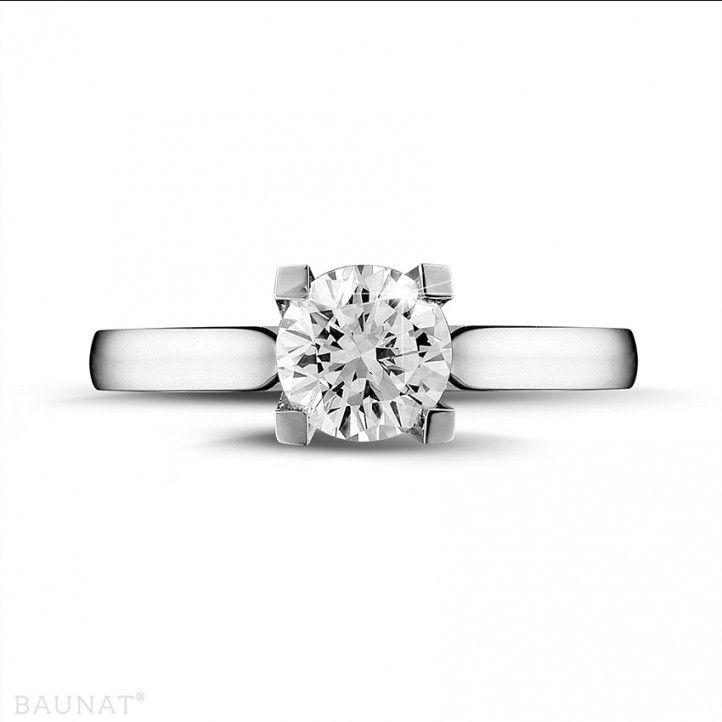 1.00 carat bague solitaire diamant en or blanc