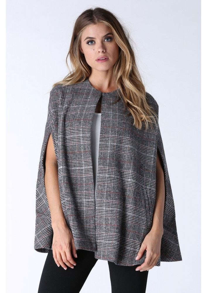 A classic and well structured poncho jacket with incredible plaid pattern printed throughout